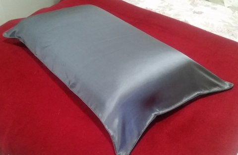 Silk pillow case in pewter